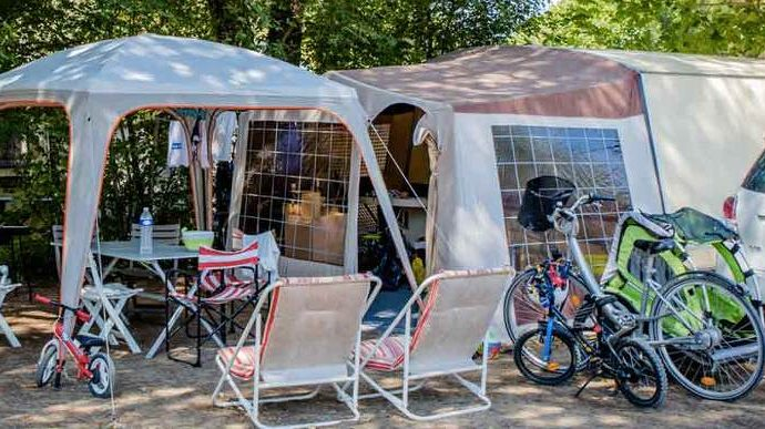 emplacement camping campagne